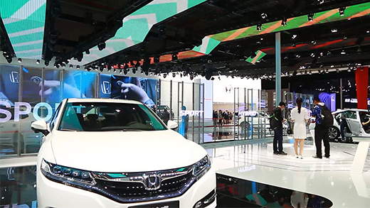 在车展上使用Led透明显示屏应具备哪些条件?