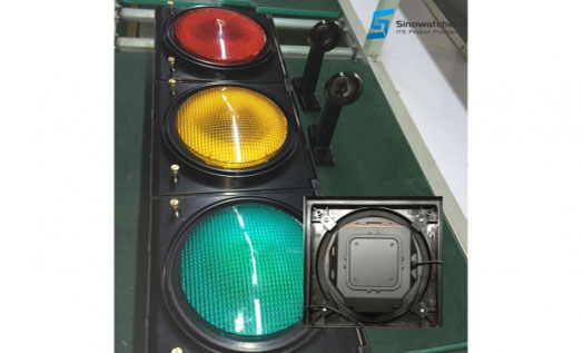 New Development – 200mm High-flux LED Traffic Signal
