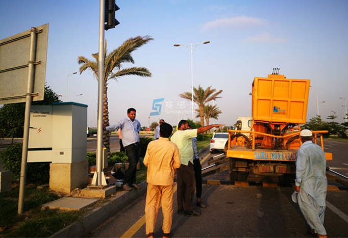 The Working Principle of the Solar Traffic Signal