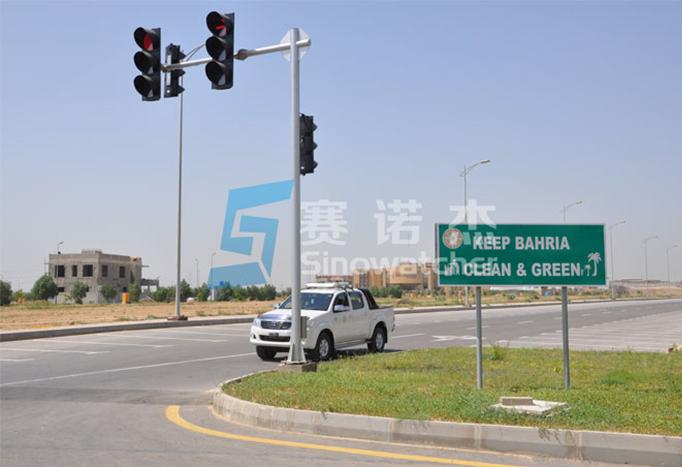 Design, R&D and Advantages of Solar LED Traffic Signals
