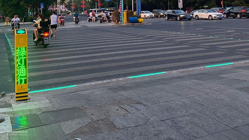 In-Ground Traffic Light1